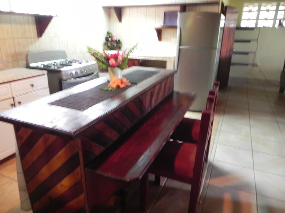 Kitchen 2 seat bar