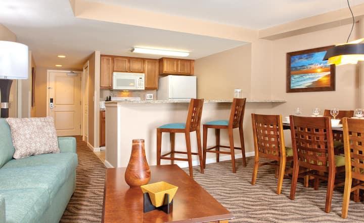 Wyndham at Waikiki Beach Walk - One Bedroom Suite WVR