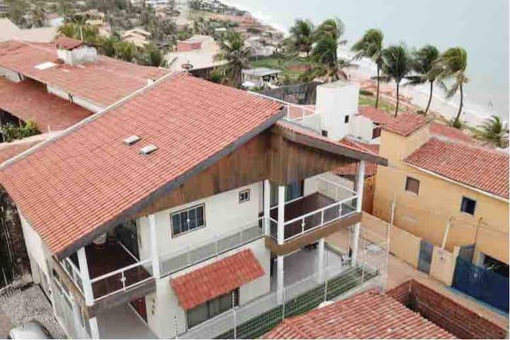 Casa Flecha: Ampla e Elegante com Vista para o Mar