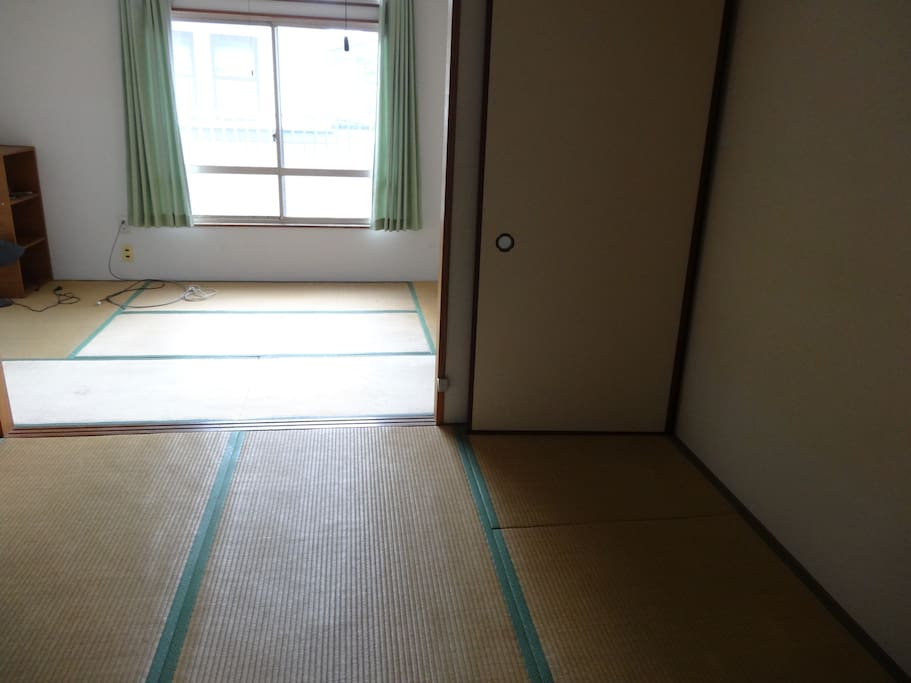 6 tatami and 4,5 tatami size rooms and sliding door with closet