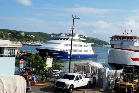Captain Stateroom across the Ferry - Sleep 2 - Fajardo - Apartmen