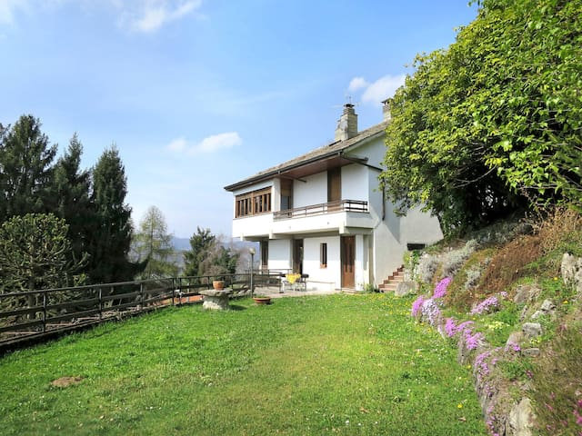 Holiday apartment in San Fedele d' Intelvi