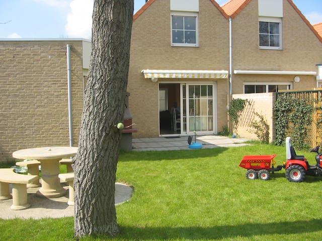 Maison neuve, calme & verdoyant - Berck - House