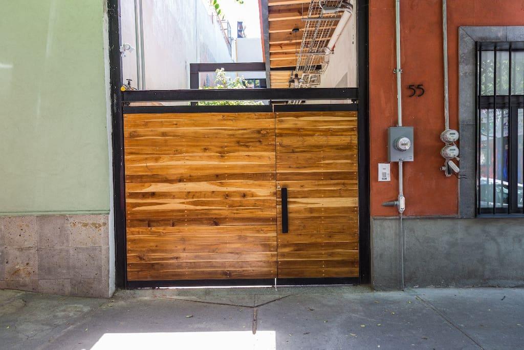 Entrance - Entrada