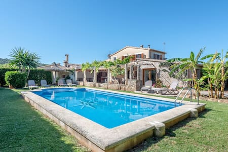 Embedded in Nature and with Pool - Villa La Sorteta De Cuxach