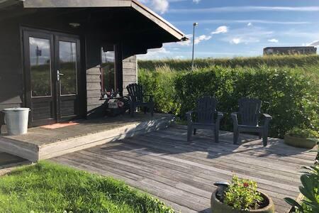 Vrijstaand Huisje met Prachtig Uitzicht in Wormer
