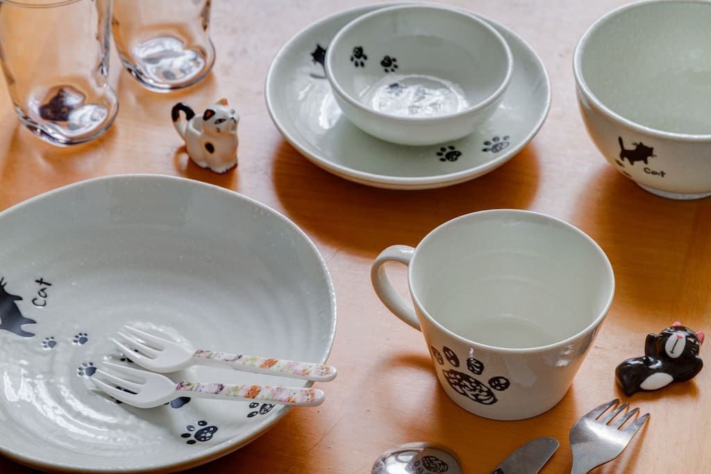 猫モチーフの食器