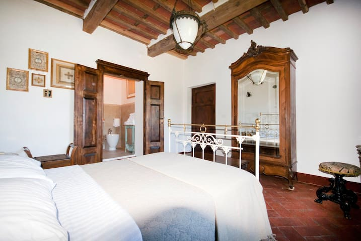The Contented Tuscan - Guzzano-pieve di Controne - Vacation home