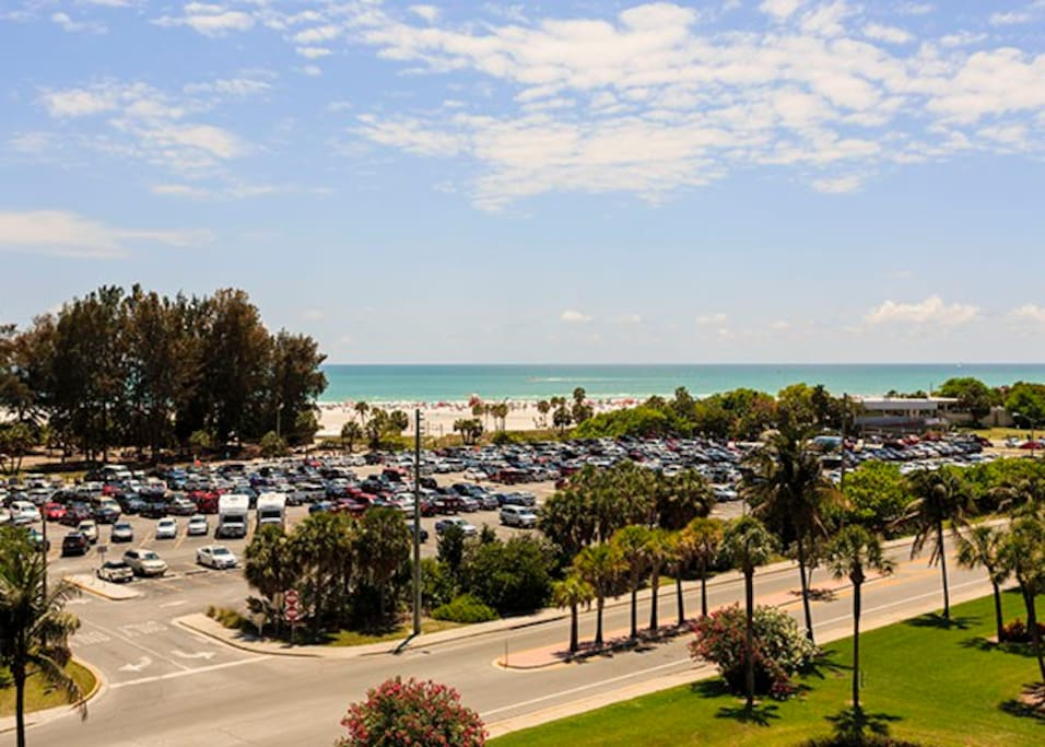 The beach is in reach! It's just a short walk away from the cond. Enjoy the sweeping views, with a balcony that stretches nearly the entire length of the fifth-floor condo, you'll have spectacular views of the Gulf of Mexico and the endless blue skies.