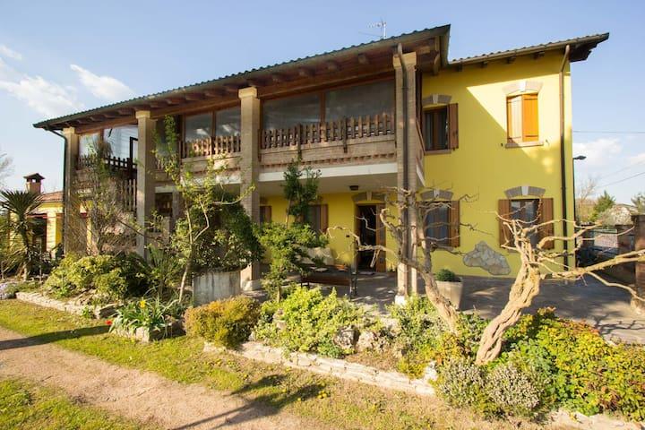 Casa algisa con giardino di Aloe - Montegrotto Terme