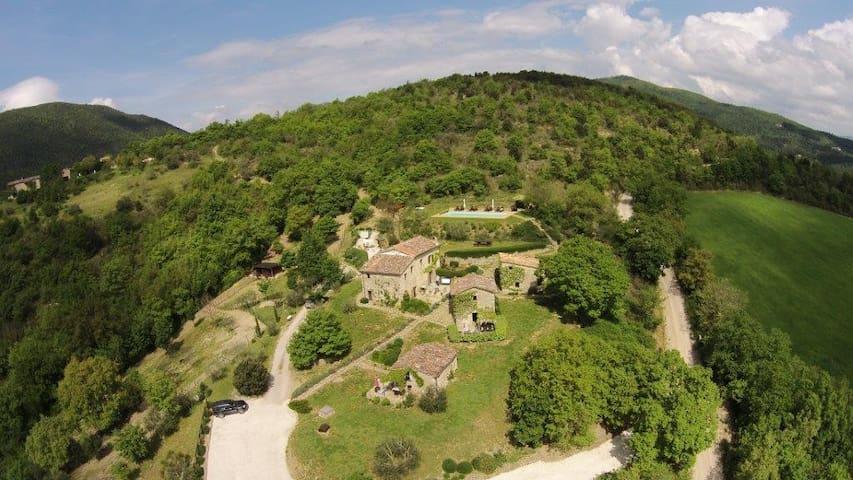 Il Fienile - Casa San Gabriel - Perugia - Villa