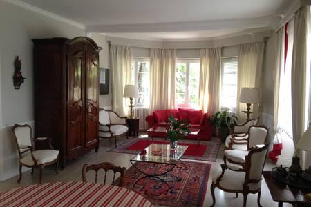 Villa de charme idéalement située   - Béziers - Casa
