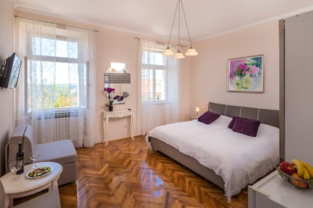 Kate 1 - Dubrovnik - Bed & Breakfast