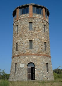 Ancient Tower In Nature Reserve  - Talamone - 城堡