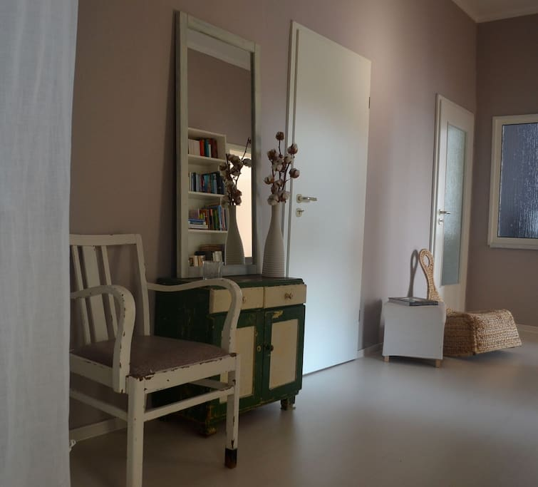 zimmer im leipziger s den wohnungen zur miete in leipzig sachsen deutschland. Black Bedroom Furniture Sets. Home Design Ideas