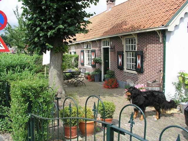Cottage 20 mins to Utrecht - Laren - Huis
