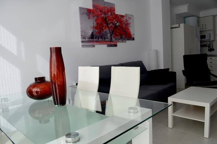 Apartamento nuevo con piscina en Foz - Foz - Apartmen