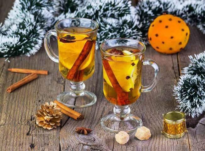 Winzer Glüwein ( Hot White Wine ) available during the Autumn-Winter Season