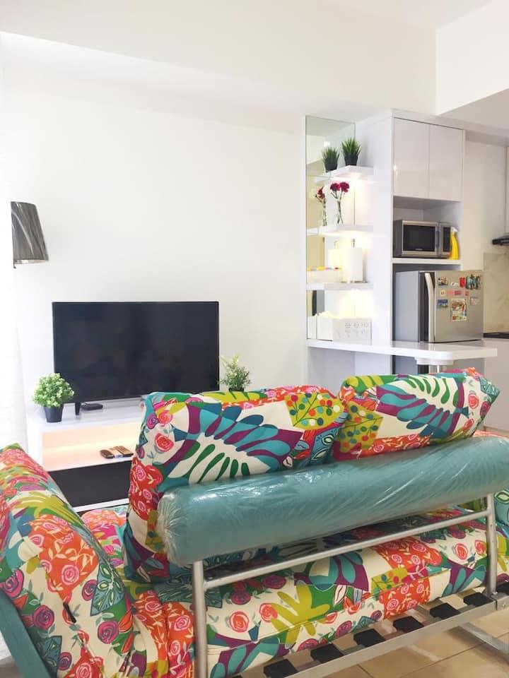 Spacious, Close to Mall, Comfy 3BR Apartment