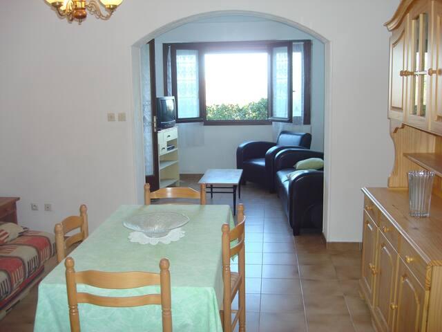 Appartement à 5mins de la mer - L'Île-Rousse - Villa