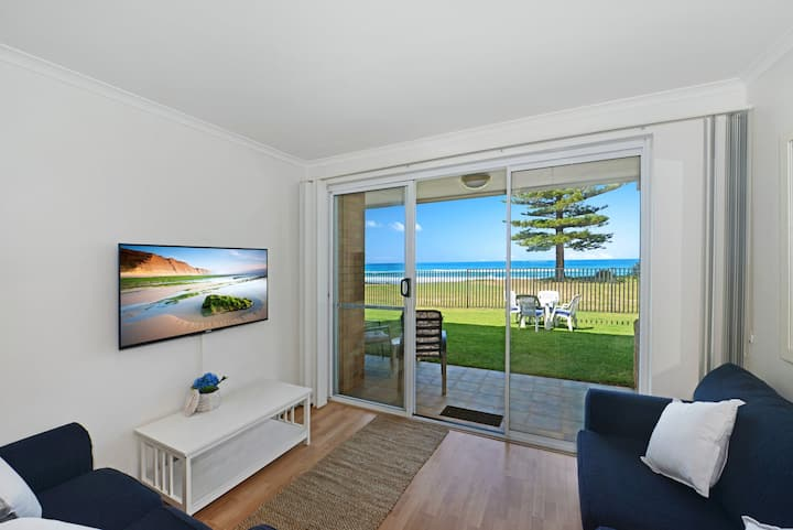 Marese 2 - Beachfront Unit