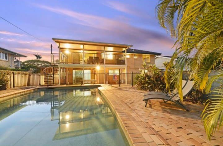Great family house Brisbane North: Chermside West
