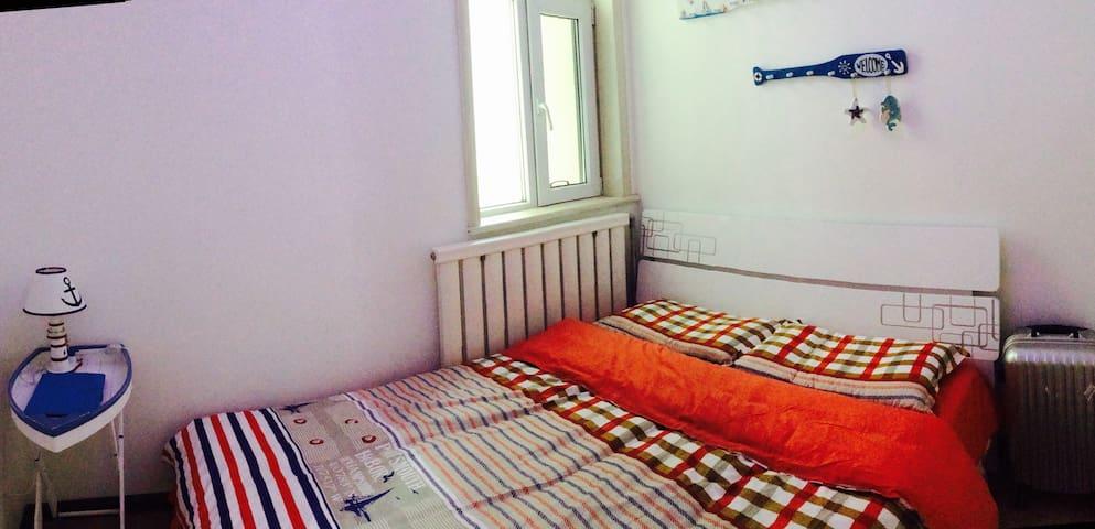 地中海风格船屋家庭客栈|浪漫次卧1.5米双床 - 西宁 - House