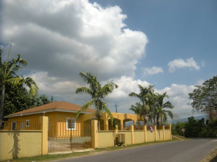 Chantilly Corner Jamaica