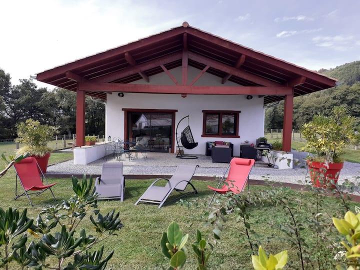 Maison de vacances dans un écrin de verdure