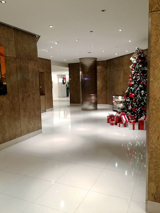 luxury lobby with 24 hrs doorman