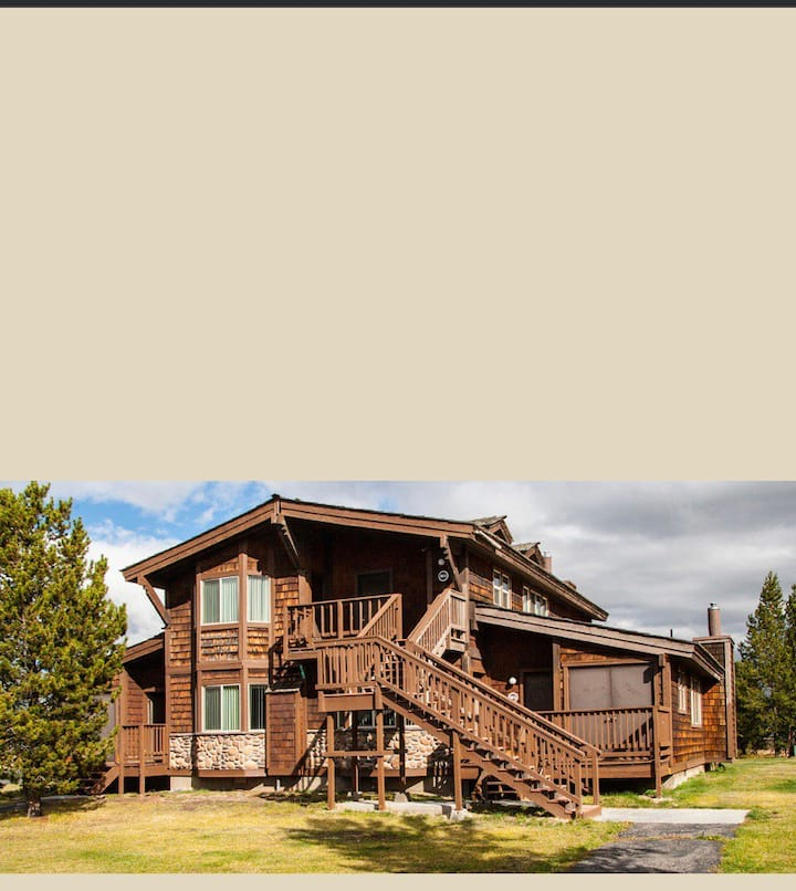 Timbers at Island Park 1bd  suite Near Yellowstone