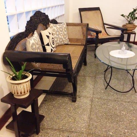 Crystal Lodge kandy - Kandy - Apartemen