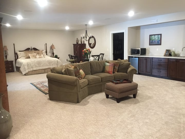 """""""Home Suite Home"""" - Guest Suite in Brand New Home"""