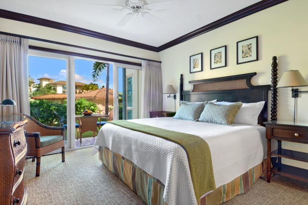 Master Bedroom King Bed with Ensuite