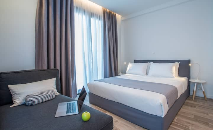 Fully equipped studio in Athens Center