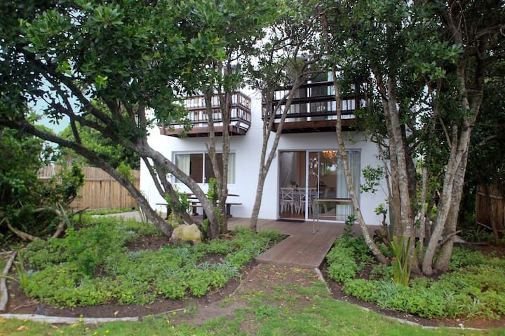 3 Bedroomed family cottage - Cape Saint Francis - Hus