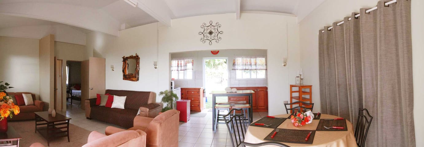 Safe, Scenic, Serene Getaway!  - Sint Eustatius - House