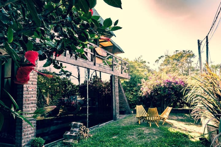 Habitación compartida en Hostel Arazá, La Paloma!
