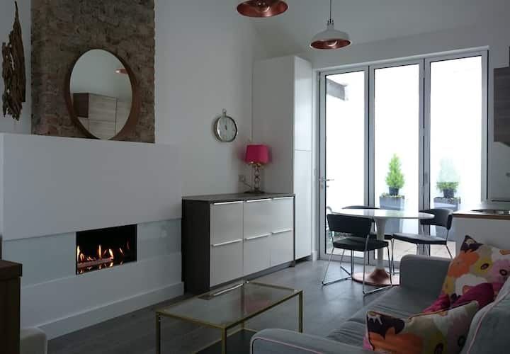 Modern house in Docklands - 20% discount per month