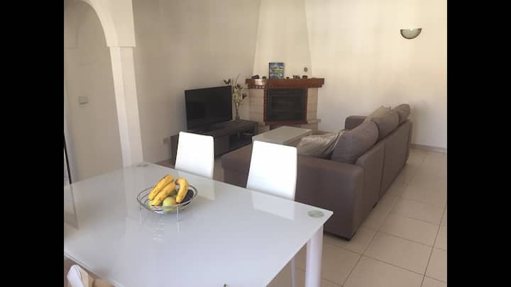 Cute apartment in the center of Milfontes