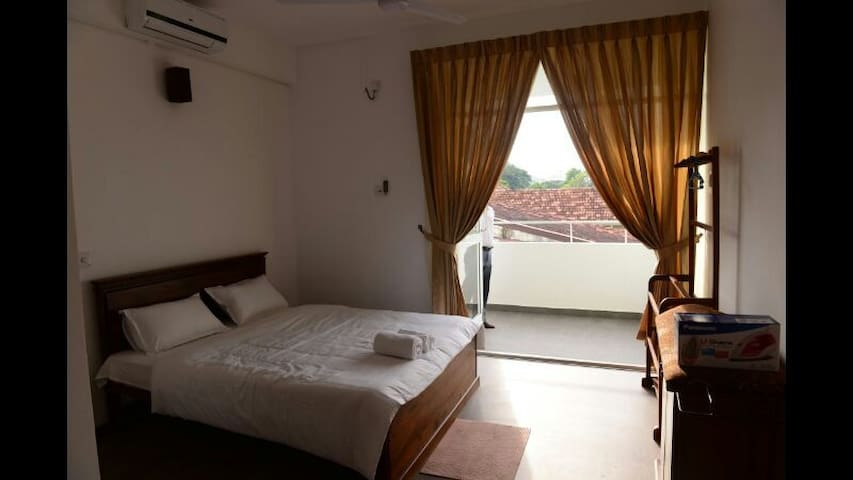 CITY SQUARE SERVICED APARTMENTS - Colombo - Apartament