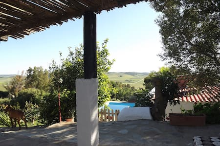 Rural apartment with pool & garden - Medina-Sidonia