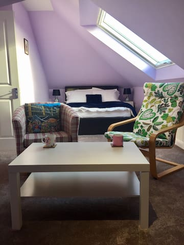 Fab loft close to centre/airport - Edinburgh - Podkroví