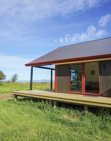 The Abel Tasman Creek House