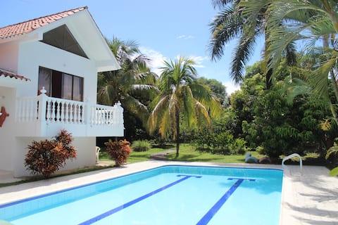 Villa @ Melgar private pool