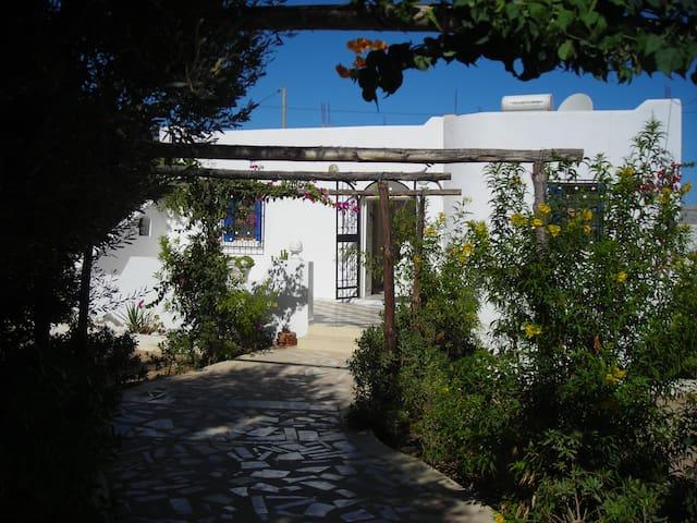 villa bougainvillier proche mer