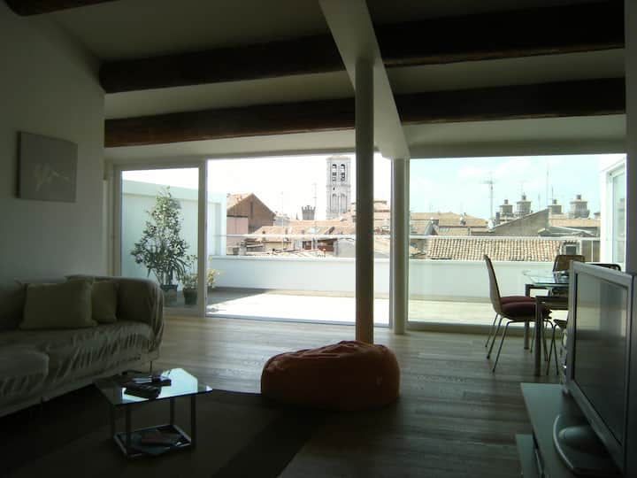 Penthouse Ferrara city center