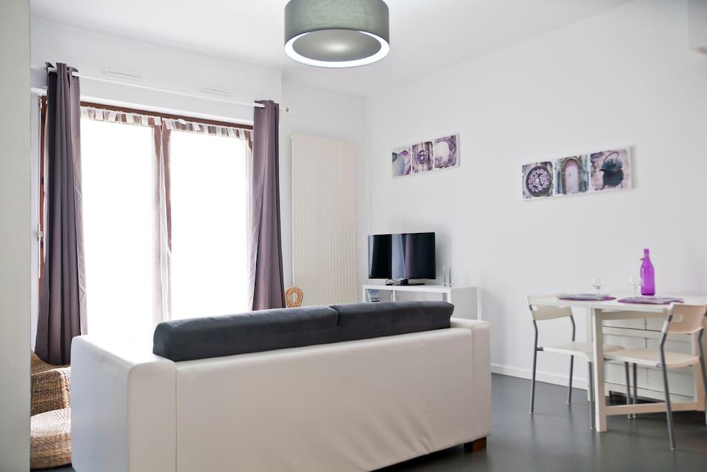 centre ville t2 terrasse parking appartements louer nantes pays de la loire france. Black Bedroom Furniture Sets. Home Design Ideas