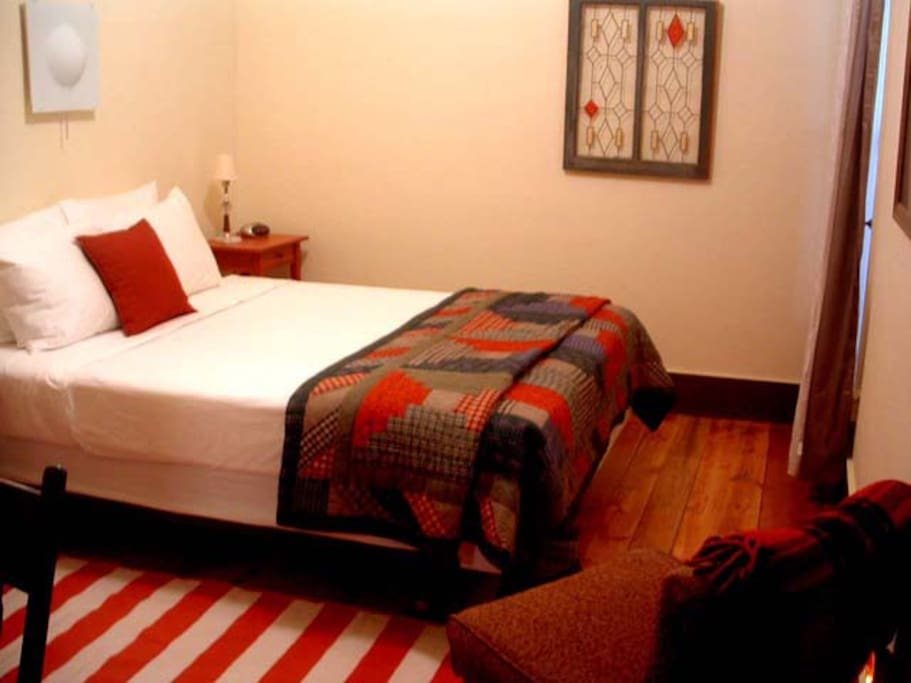 The rooms in the lodge are cozy and comfortable. Most have one queen bed.
