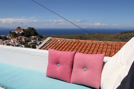 House with amazing  Aegean view - Ioulis